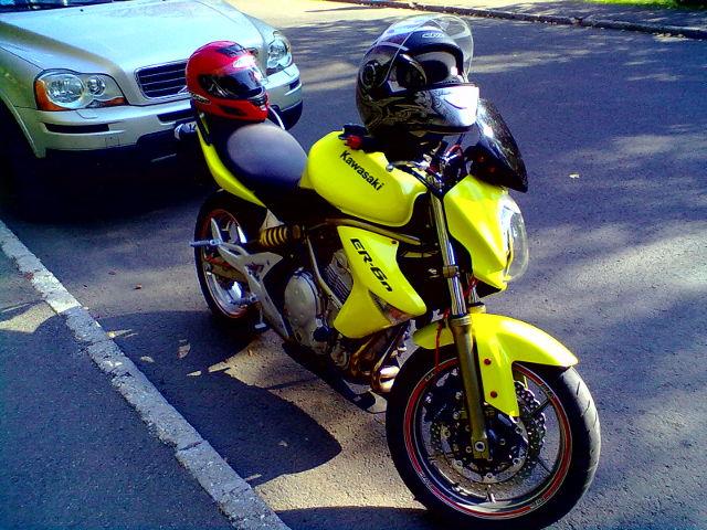 """""""A"""" – Kawasaki ER6N motorkerékpár - Kis Autósiskola - Békés - AM, A1, A2, A, B kategória"""